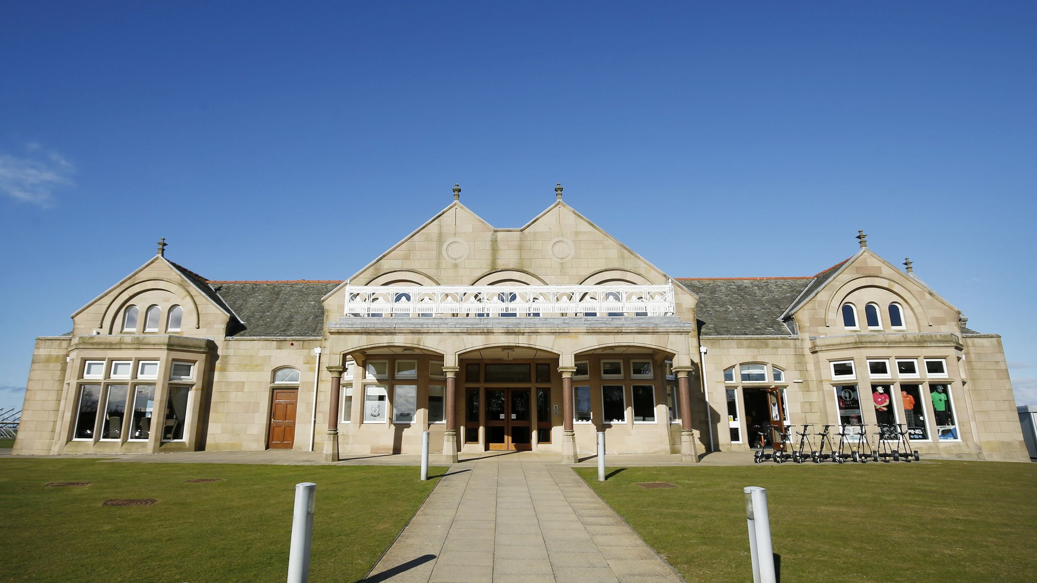 Royal Troon: Open Championship venue set to vote on women members