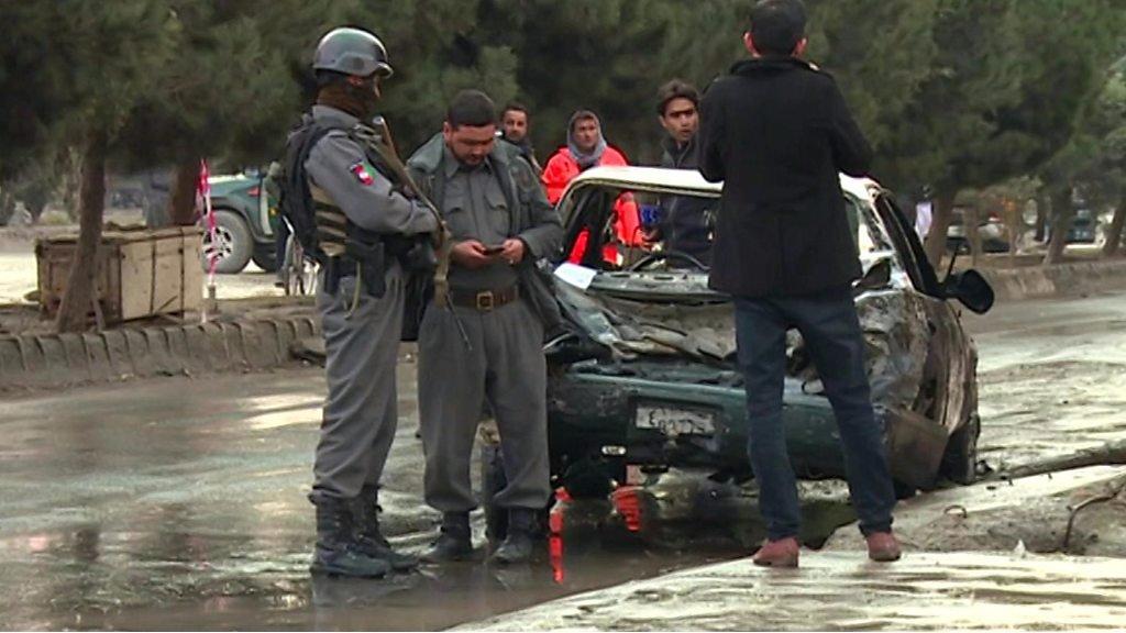 ۱۴ کشته در انفجاری مقابل گردهم آیی حامیان عطا محمدنور در کابل