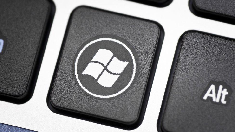 tecla con el símbolo de windows