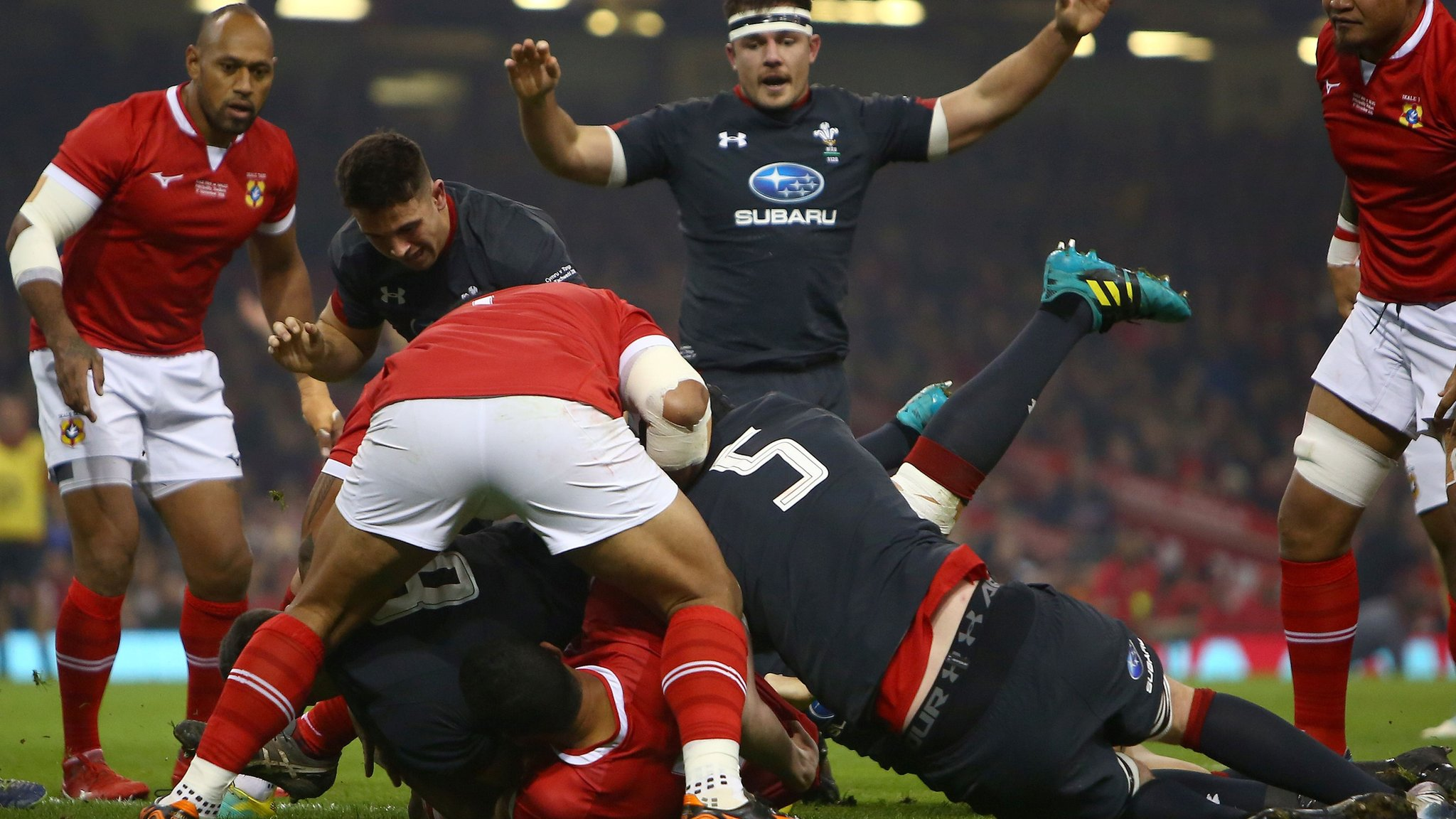 Wales v Tonga: Wales opening scoring with penalty try