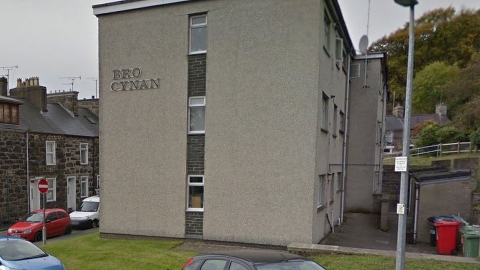 Pwllheli man, 29, faces offensive weapon charge