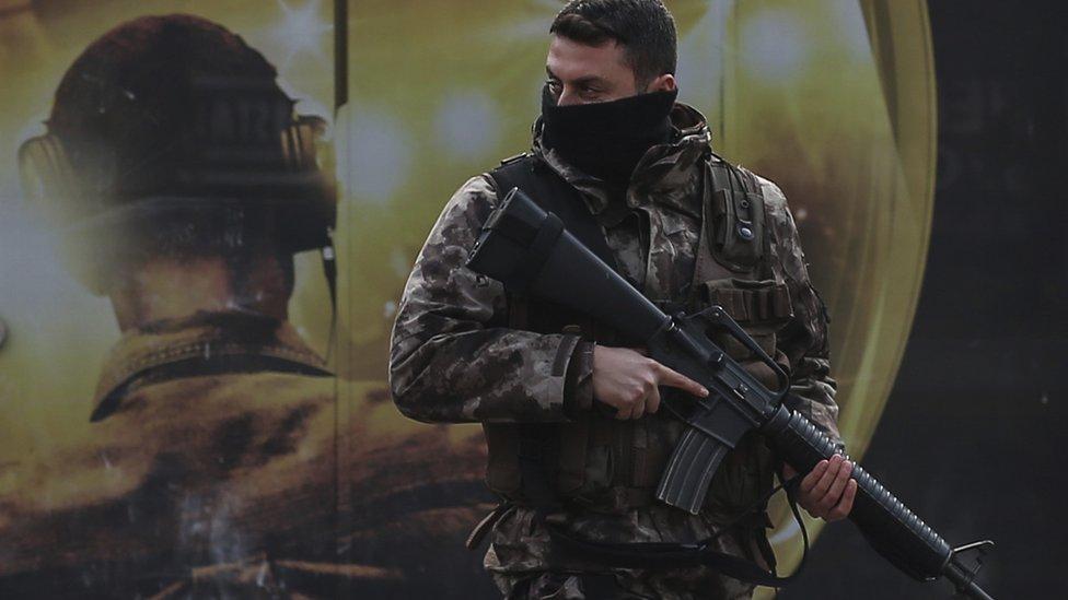 أحد أفراد الأمن التركي