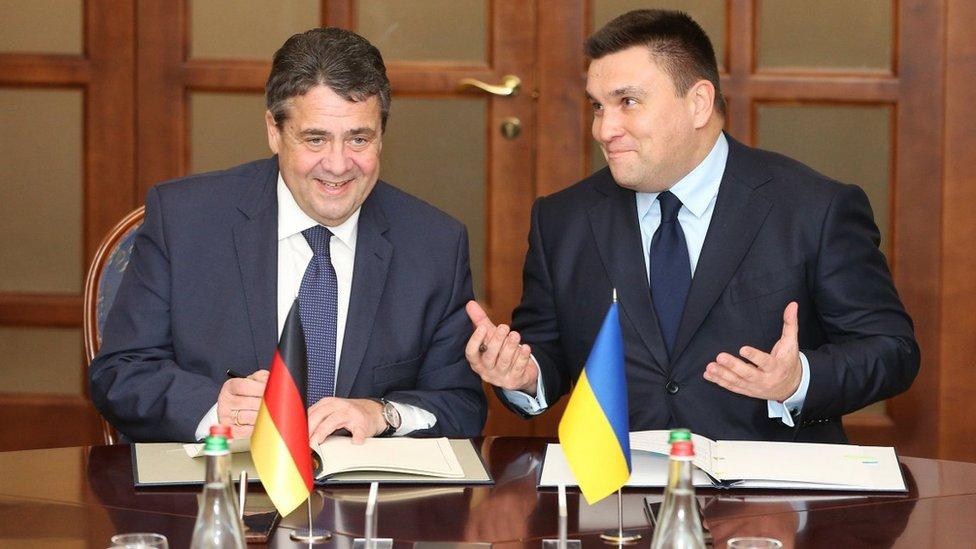 МЗС Німеччини: миротворці мають бути на всій території Донбасу