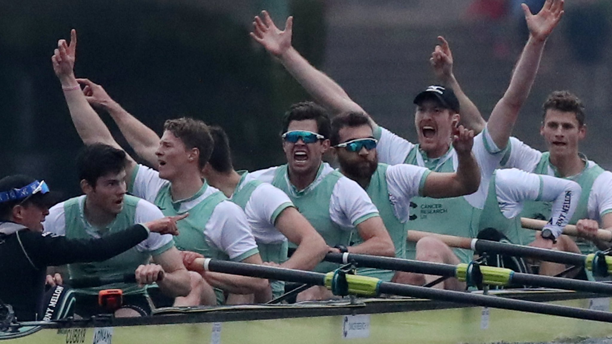 Boat Races 2018: Cambridge enjoy convincing men's & women's wins over Oxford