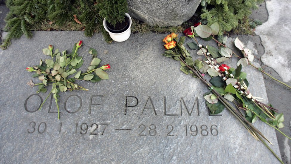 Olof Palme murder: Swedish police explore 'new lead' in unsolved case