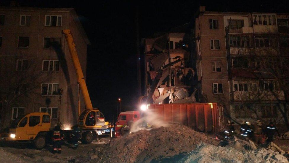 Место обрушения жилого дома, пос.Шахан, Казахстан, 2 января 2017 года