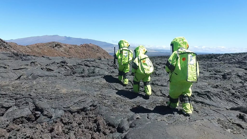 On a mission to Mars (with Hawaii stopover)