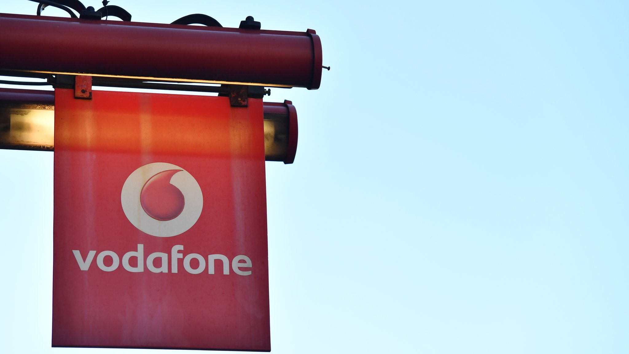 Vodafone rated worst mobile provider by Which? survey