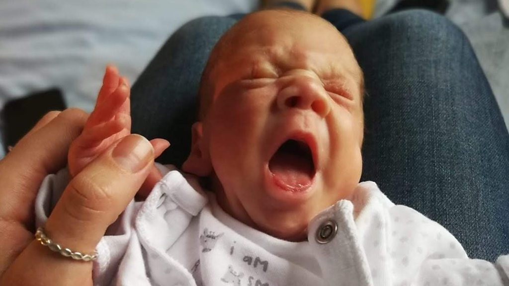 Premature baby parents 'need extra maternity leave'
