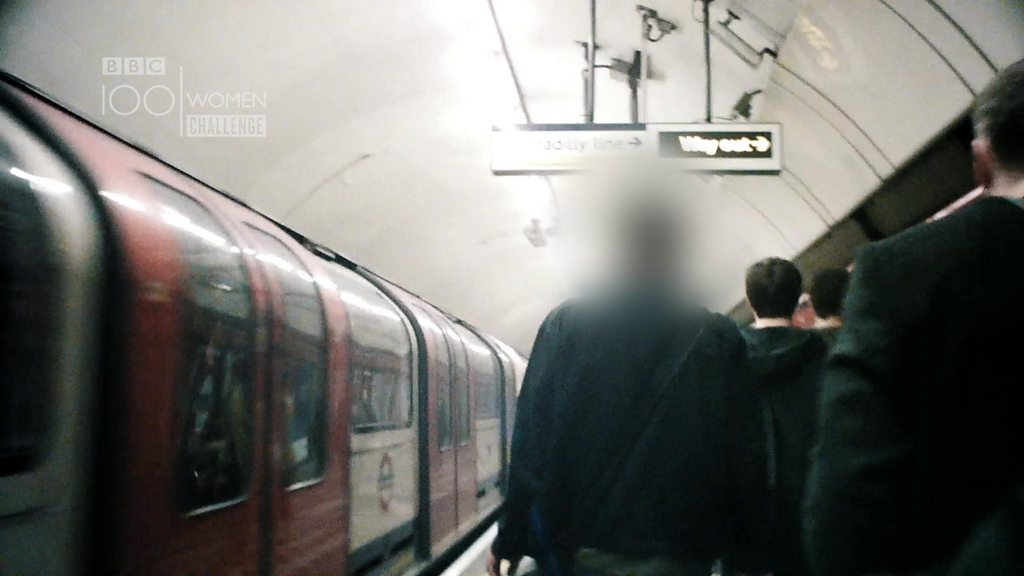 Undercover police hunt sex offenders on Tube