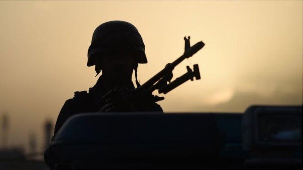 کابل: امنیتي ځواکونو د 'عبدالعلي مزاري پلویانو' په نامه وسله واله ډله نیولې