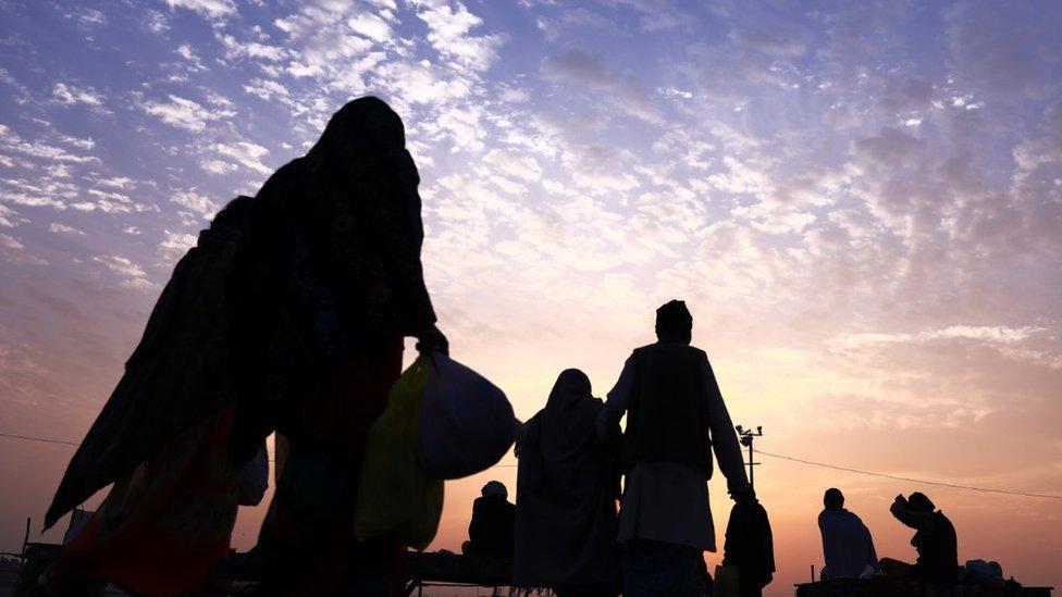 360 वीडियो: कुंभ में एकाकी मन का संगम