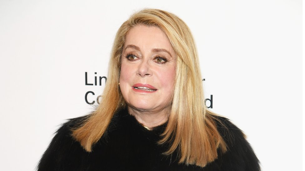Catherine Deneuve defends men's 'right' to hit on women