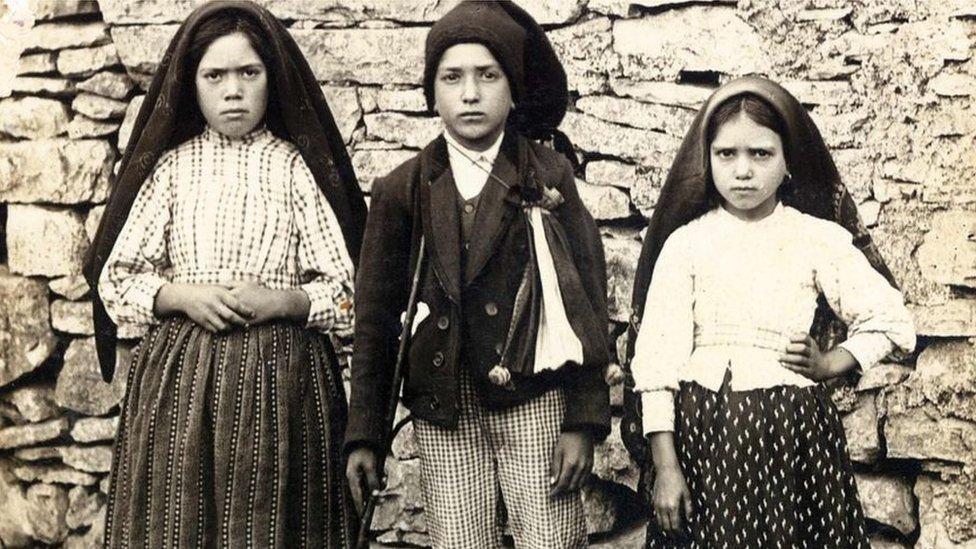 الأطفال الرعاة الثلاثة الذن نسبت إليهم المعجزات عند رؤية مريم العذراء