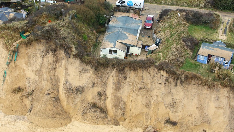 Cliff-top homes 'could fall into sea'