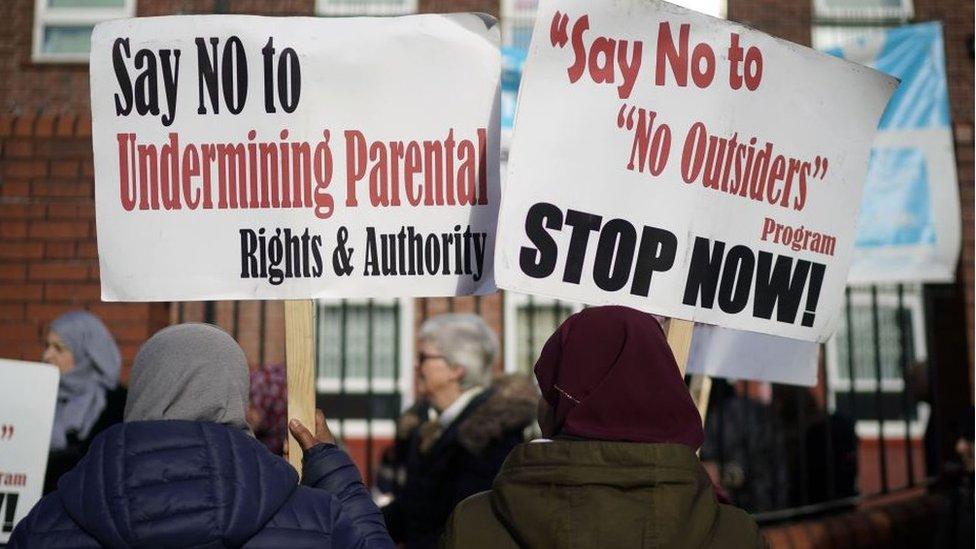 Birmingham LGBT row: Parkfield School protests resume