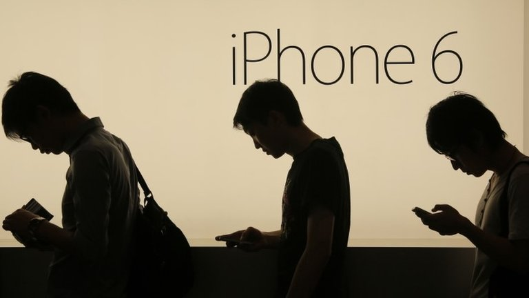 Apple accused of iPhone 6 'touch disease' defect
