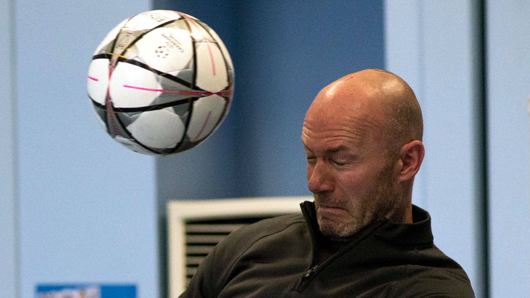 Shearer's emotional journey of discovery into football & dementia