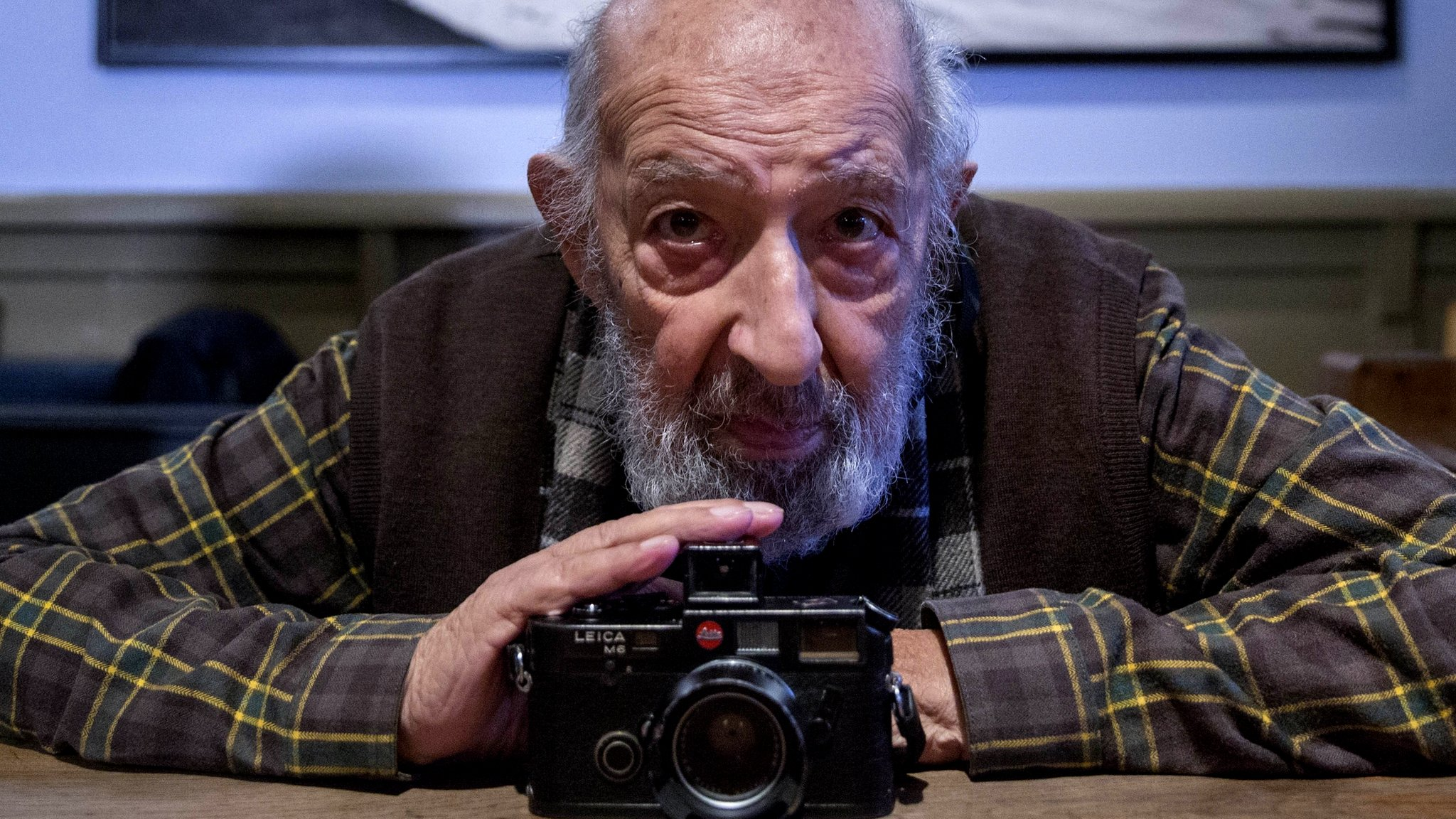 In pictures: 'Eye of Istanbul' photographer Ara Guler dies at 90