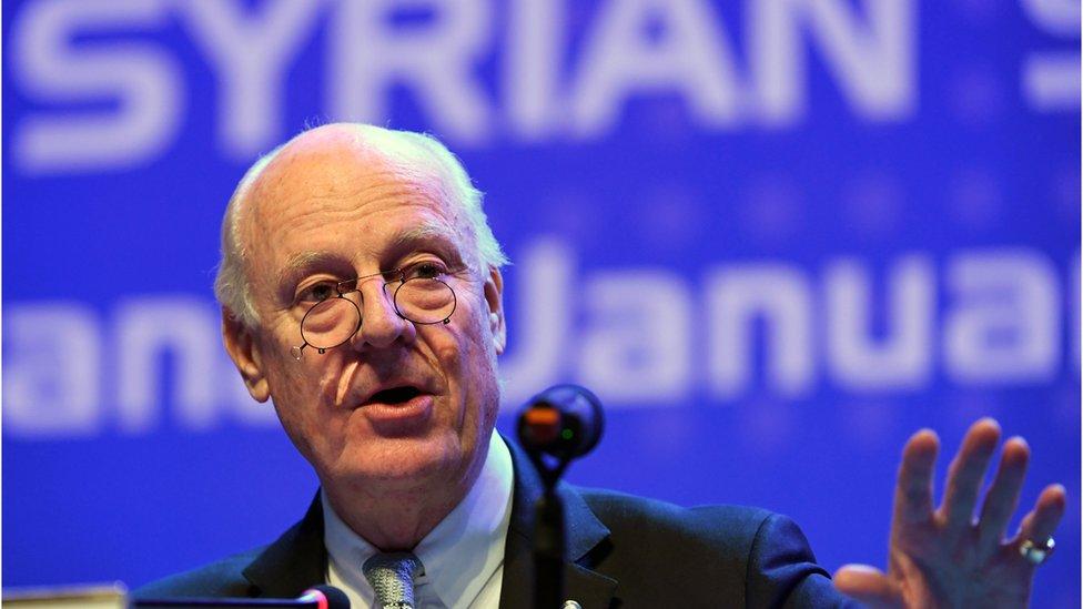 المبعوث الخاص للأمين العام للأمم المتحدة إلى سوريا، ستافان دي ميستورا، خلال محادثات أستانة في يناير / كانون الثاني