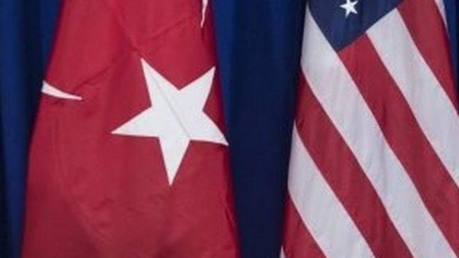 Туреччина і США призупинили видачу віз
