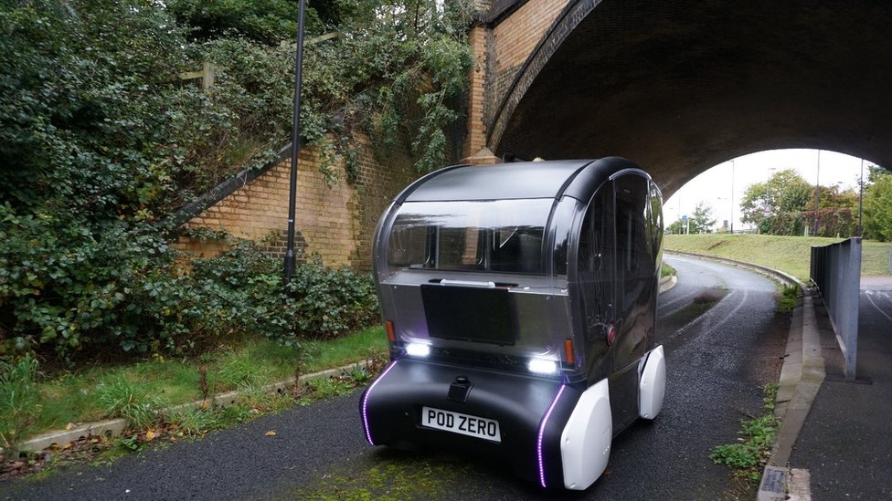 Driverless bus 'pod' tests under way in Cambridge