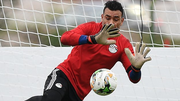 Keeper El-Hadary helps Egypt to draw at 44
