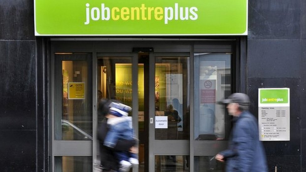 Scottish unemployment rate hits new low at 3.5%