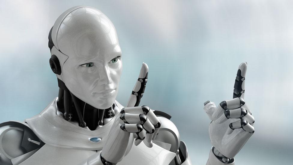 """""""Recientemente me comentaron que un trabajador especializado en inteligencia artificial graduado de una de las universidades top de Estados Unidos puede aspirar a un salario anual cercano a los US$500.000 en su primer trabajo""""."""