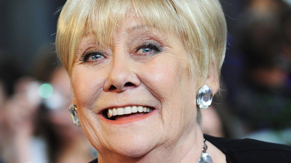 Liz Dawn: Coronation Street's Vera Duckworth dies at 77