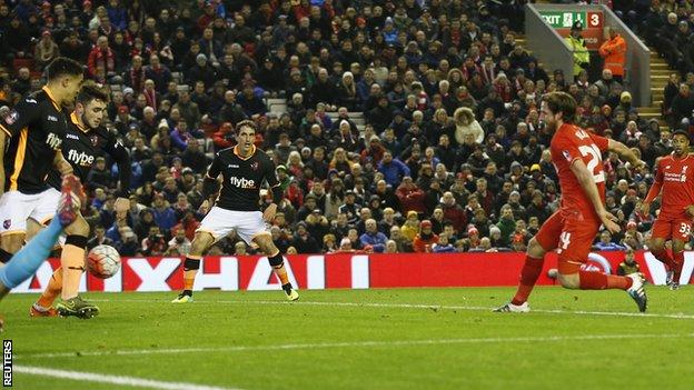 Joe Allen scores for Liverpool