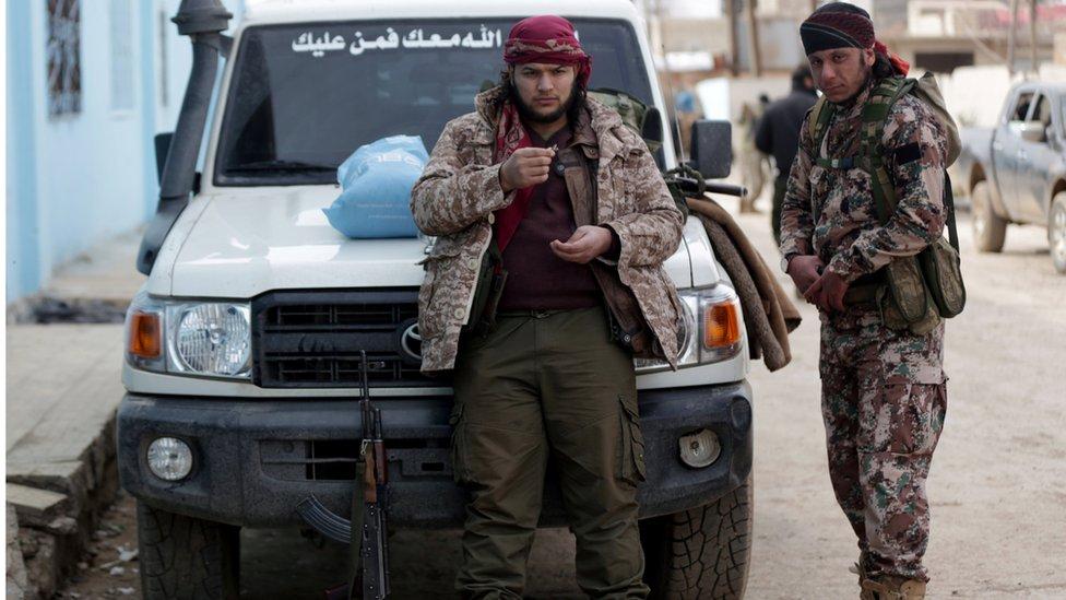مقاتلون من الجيش السوري الحر