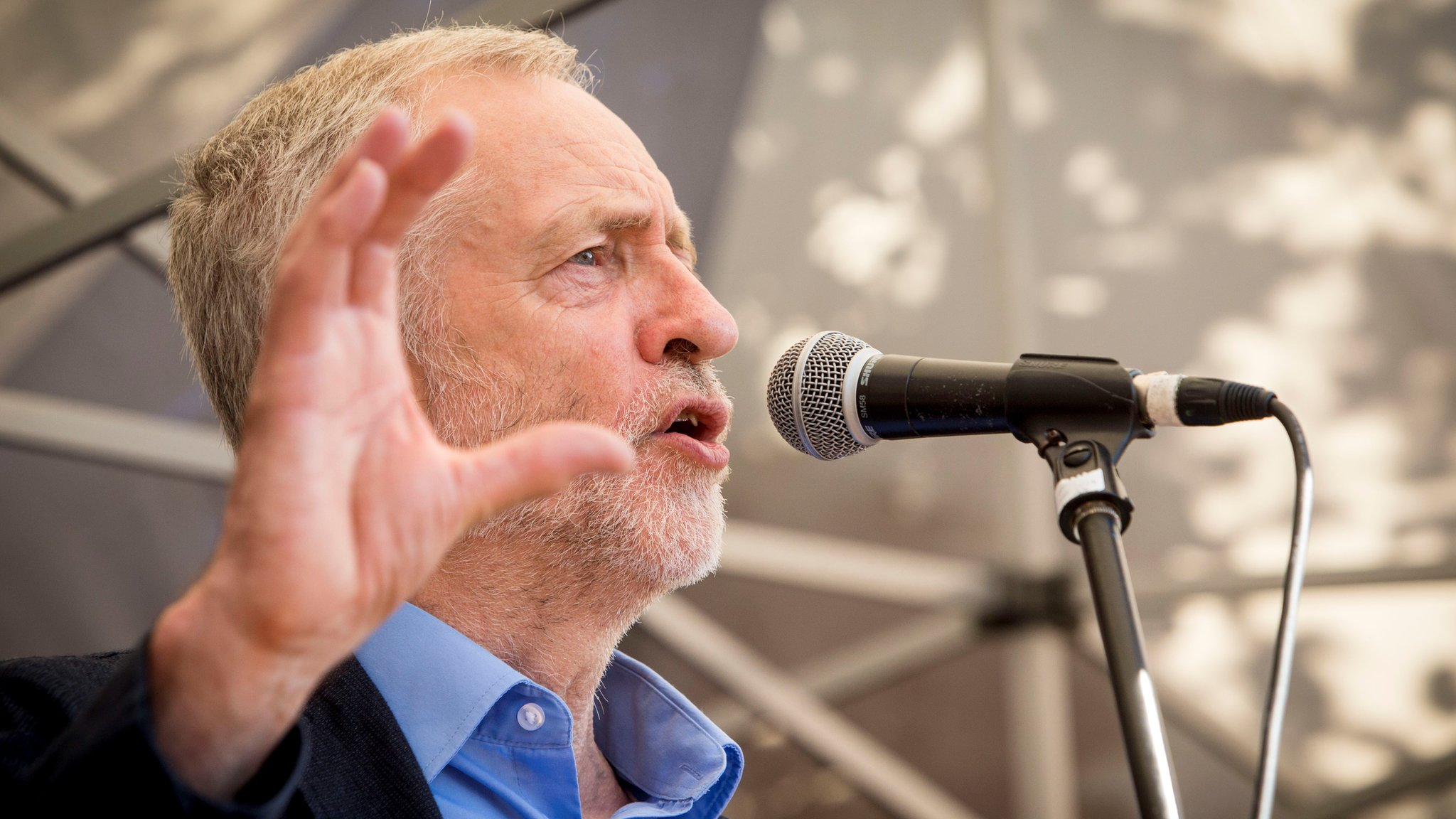 Corbyn: Labour MPs planning split should think again