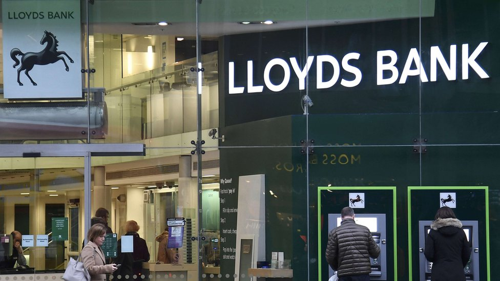 Lloyds, Halifax and Bank of Scotland customers face payments glitch