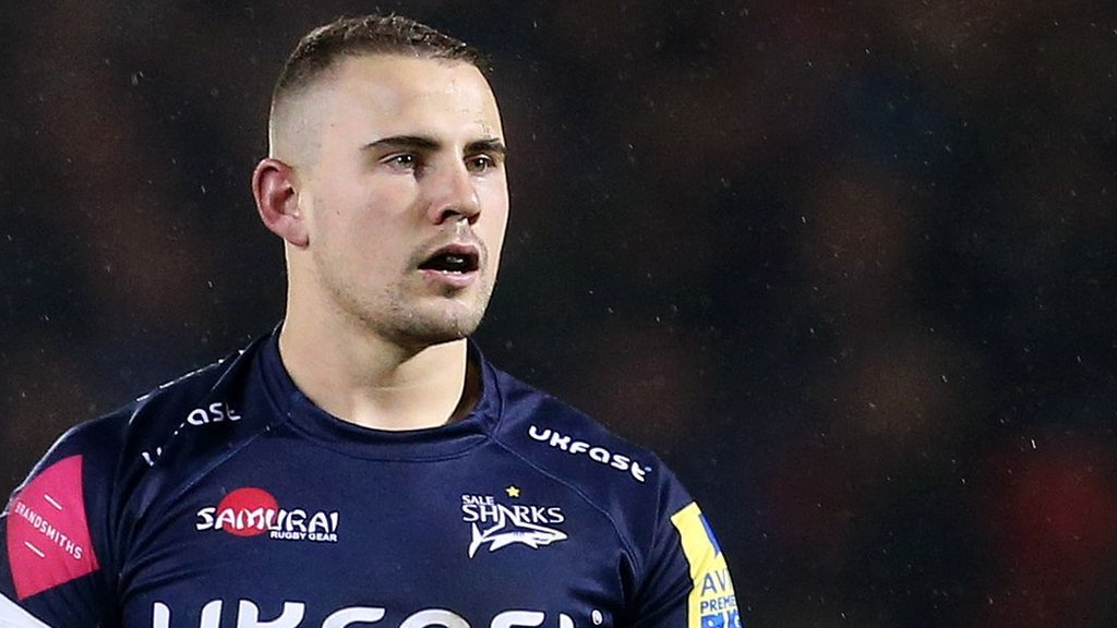 Mark Jennings: Sale Sharks centre signs new two-year contract