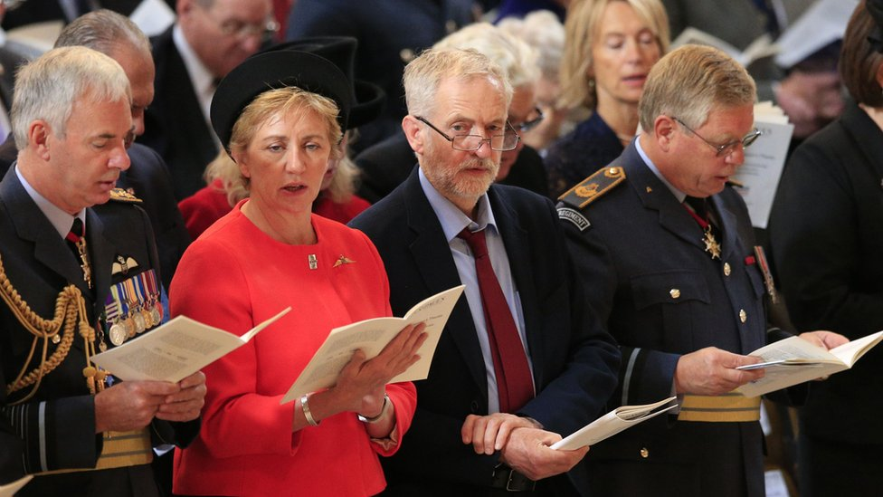 Jeremy Corbyn stands among guests at St Paul's Cathedral and does not sing God Save the Queen.