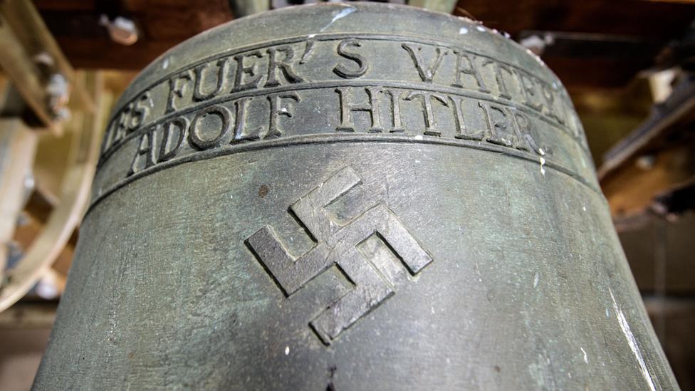 Germany 'Nazi bell' row erupts again