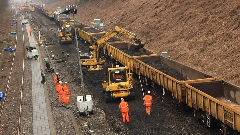 Brighton Main Line improvement work 'going well' amid closure