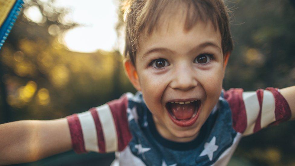 Fotografía de un niño