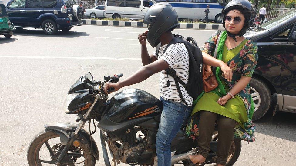 ঢাকায় মোটরবাইক সার্ভিস নিয়ে নারীদের অভিজ্ঞতা