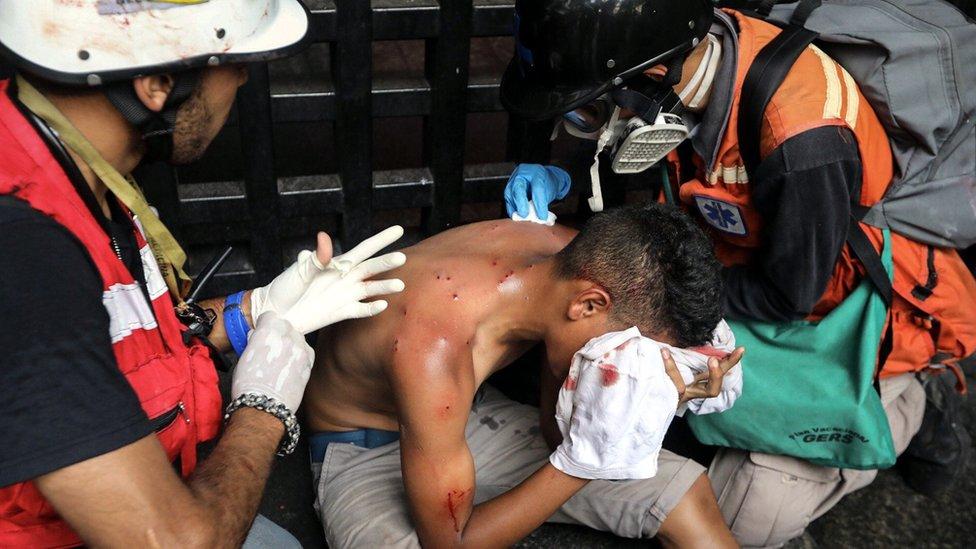 Las protestas antigubernamentales han dejado 74 muertos y más de mil heridos, según cifras de la fiscalía.