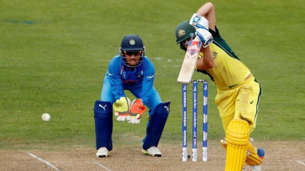 ویمن ورلڈ کپ: انڈیا کو شکست، آسٹریلیا سیمی فائنل میں