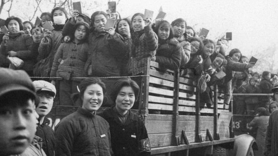 Hồng Vệ Binh kiểu mới: Sinh viên yêu nước TQ
