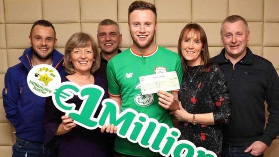Ірландський футболіст виграв у лотерею мільйон