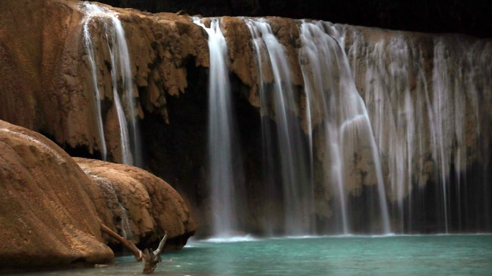 Mexico waterfall: Agua Azul cascades return to quake-hit river