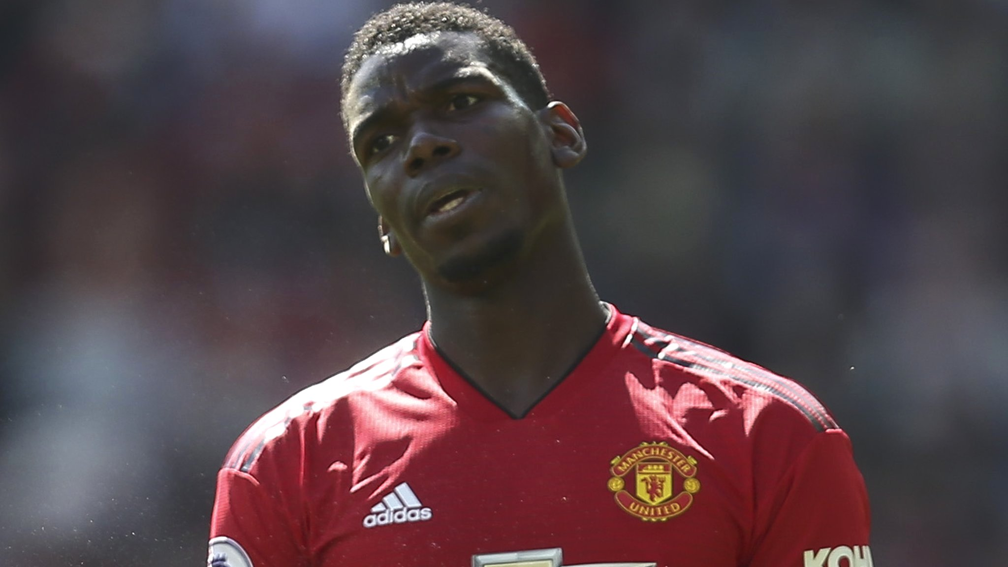 Paul Pogba: Man Utd's dilemma - should they sell or keep midfielder?