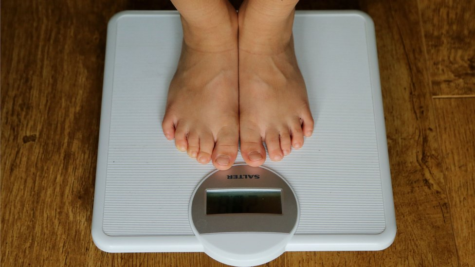 Rise in cancers 'caused by weight'
