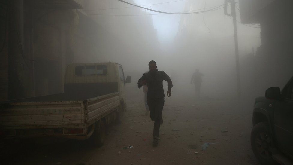 Syria conflict: Rebels warns truce may collapse after attacks