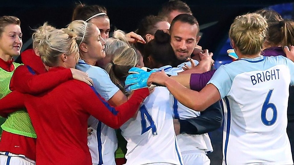 Womens World Cup qualifier: England 6-0 Russia highlights