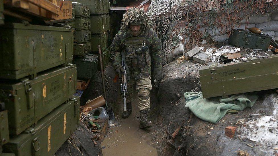 В зоне АТО погибли двое украинских военнослужащих – штаб